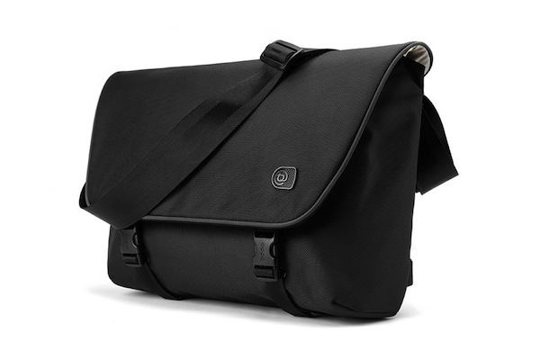 Booq Courier Messenger Bag