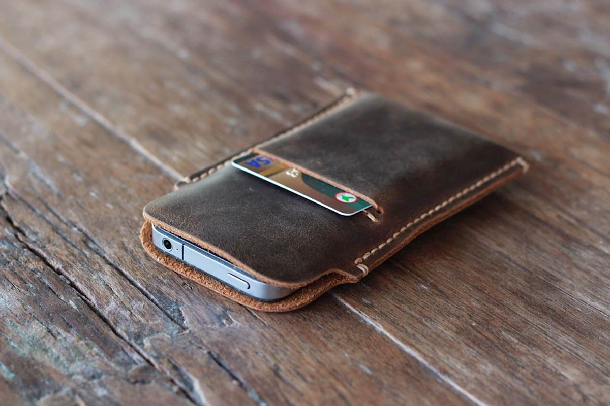 Distressed Leather Case for iPhone 5