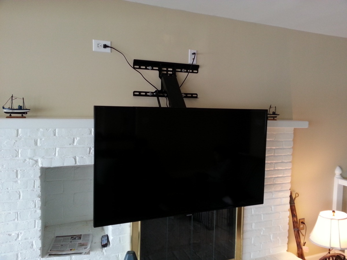 Down and Out TV Mount