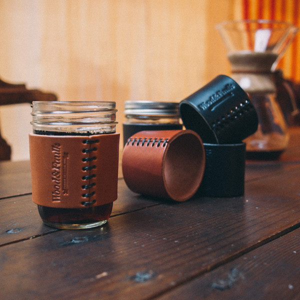 Half-Pint Leather Jar Sleeve