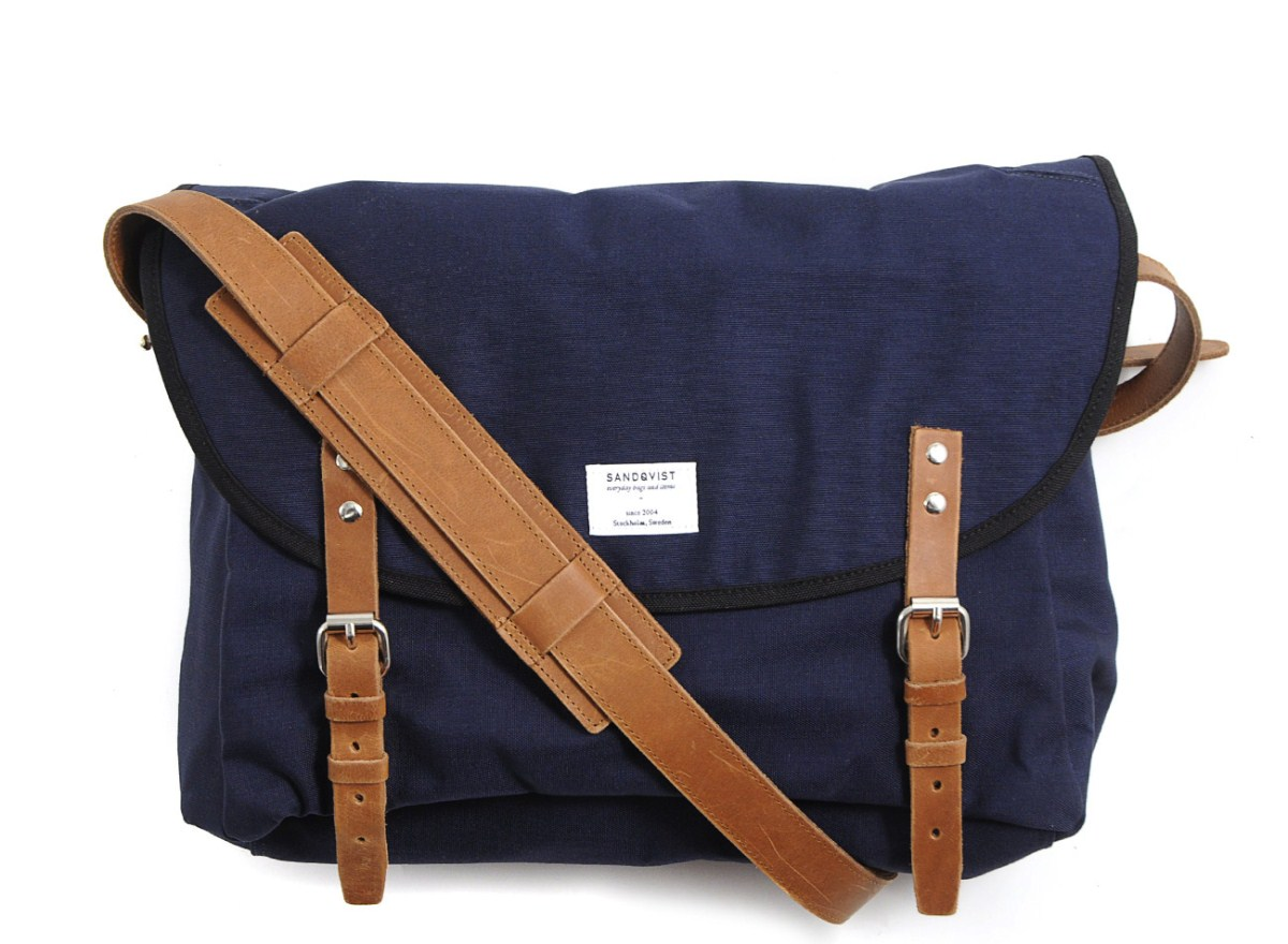 Sandqvist Erik Blue Messenger Bag